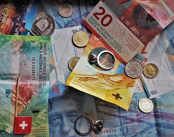 Najpiękniejsze monety i banknoty