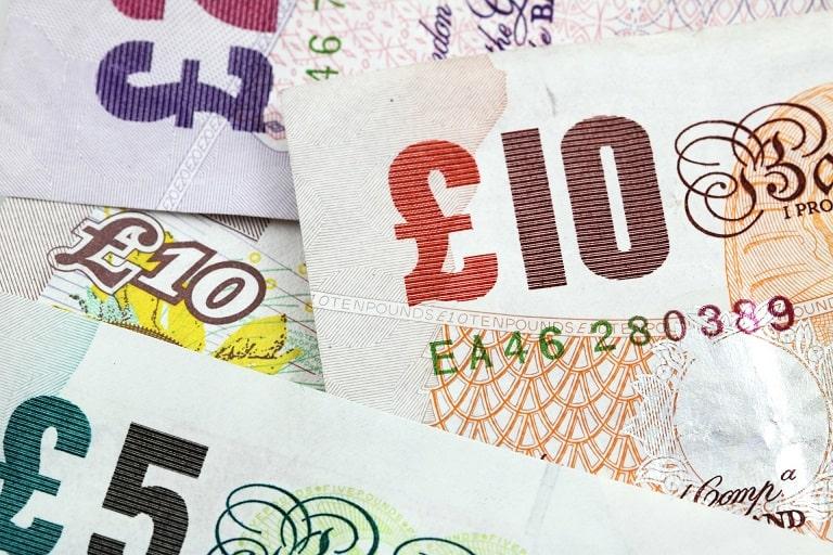 funty brytyjskie banknoty
