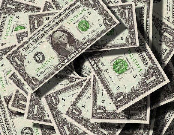 Rozwód dolara ze złotem – czemu zrezygnowano z oparcia jego wartości na parytecie złota?